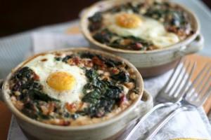 Fırında Ispanaklı ve Karabuğdaylı Yumurta